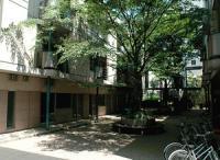 plaza02.jpg
